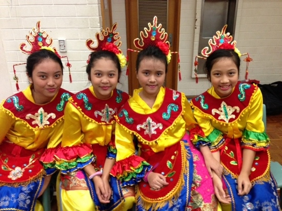 4 thai girls V1 Di